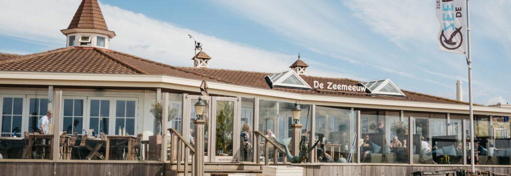 Vergaderen op unieke locatie: het strand van Noordwijk Vergaderen op strand trouwlocatie De Zeemeeuw